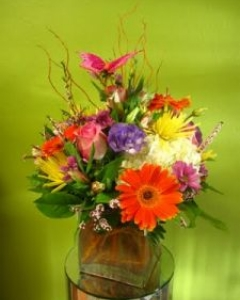 Perfectly Mixed Vase arrangement