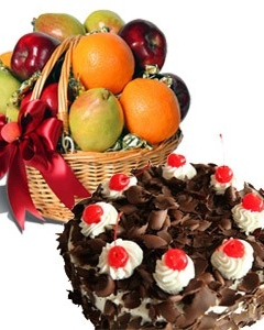 Fruit basket w/cake