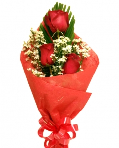 3 Holland red roses bouquet
